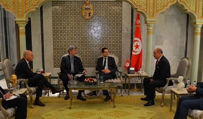 La Suisse exprime sa disposition à financer un certain nombre de projets visant à améliorer les aptitudes des demandeurs d'emploi Tunisiens sur son sol